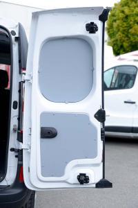 bois-habillage-porte-vehicule