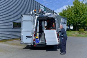 vehicule-amenagement-rampe-pliable